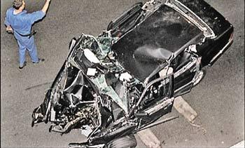 Mercedes, в котором погибли принцесса Диана и Доди Аль Файед, будет продан за миллион фунтов стерлингов, фото kp.ru