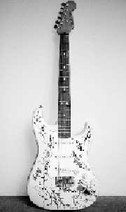 Fender Stratocaster стал самой дорогой гитарой в мире