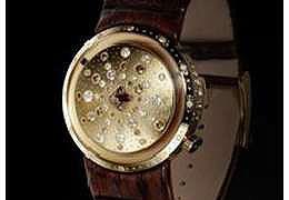 Talisman Suntime, корпус которой выполнен из 18-каратного золота и инкрустирован коричневыми бриллиантами весом в 2,5 карата