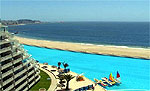 Построен самый большой плавательный бассейн в мире