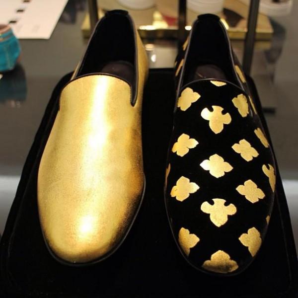 Туфелька для Золушки из золота в 24 карата от Alberto Moretti