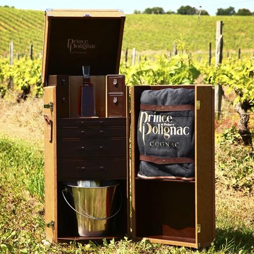 Эксклюзивный дорожный сундук от Cognac Prince Hubert de Polignac для истинных джентльменов