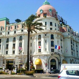 Французский отель Negresco привлекает своей «консервативной» роскошью