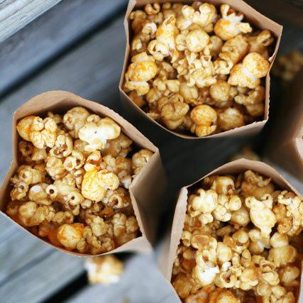 Американские миллионеры смогут отведать попкорн из золотых хлопьев