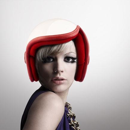 Luxy – мотоциклетный шлем для гламурных женщин