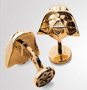 Персонажи Звездных войн стали золотыми запонками