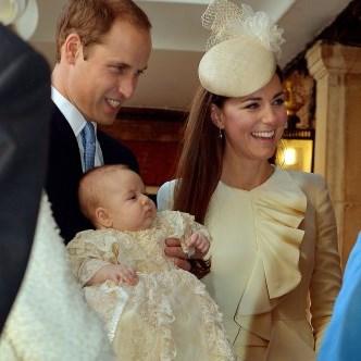Крестины принца Джорджа прошли торжественно, но в узком семейном кругу