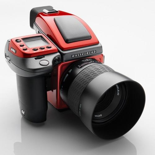 Стильная фотокамера от Ferrari за $27.500