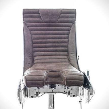 Катапультируемое кресло стало барным стулом стоимостью $13.400