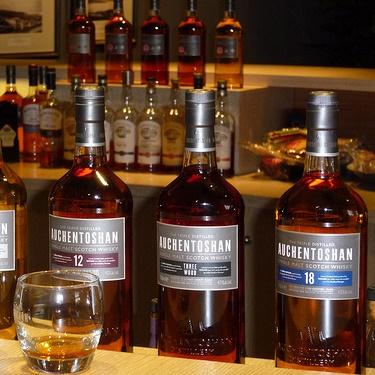 Виски Auchentoshan с 38-летней выдержкой оценили в $800
