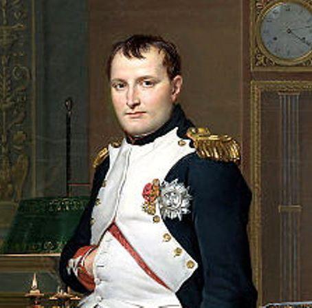 Прядь волос и последняя рубашка Наполеона выставлена на торги
