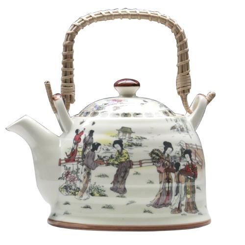 Чайник из фарфора стал самым дорогим в мире