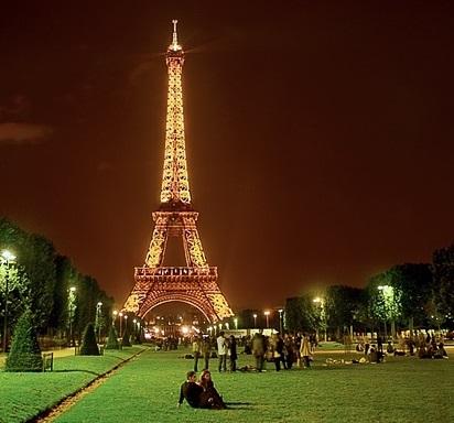 Самая дорогая достопримечательность в Европе - Эйфелева башня: её «цена» ?434 миллиардов