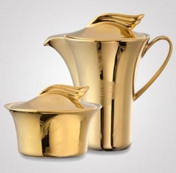 Золотая посуда от Versace