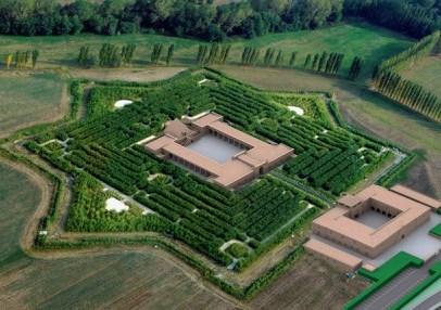 Первых посетителей в супер-лабиринт в Италии примут в конце 2014 года