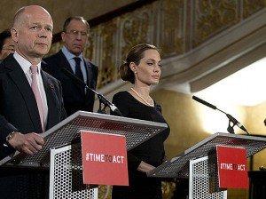 Анджелина Джоли сменит киноплощадку на политическую трибуну