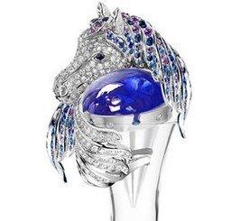 В драгоценных графинах с золотом и алмазами напитки приобретут силу дракона и благородство лошади