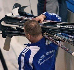 Старейшая хоккейная клюшка была куплена Канадским музеем за $300.000