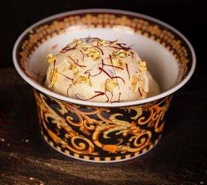 Дубайская экзотика: золотое мороженое за $816