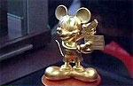 Дисней и японцы увековечили Микки Мауса в золоте
