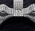 Созданы элегантные биллиантовые часы в форме бантика