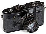 Редкие фотоаппараты Leica уходят с молотка во имя свободы прессы