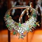 Копию золотого ожерелья Boucheron создали из шоколада