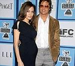 Фото новорожденных малышей Джоли проданы за 11 миллионов