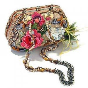 Экзотические сумочки от Mary Frances достойны коллекционирования