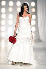 Свадебное платье из платиновых нитей показали в Америке