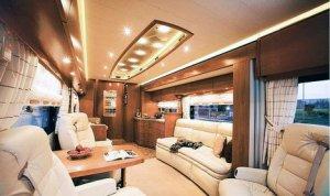 Дом на колёсах стоит более 1 миллиона евро!