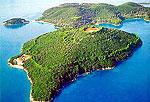 Армани купил остров у Онассисов