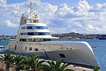 Яхта Андрея Мельниченко обошлась ему в $300.000.000