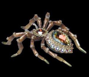 Часики в форме паука - эксклюзив от знаменитого ювелира