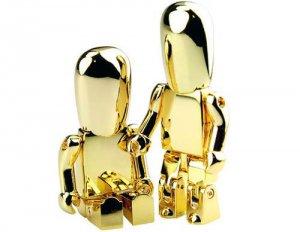 Золотая флешка, с эксклюзивным дизайном, доступна даже не богатым