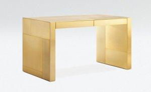 100 золотых письменных столов от Джорджио Армани