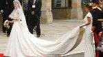 В Букингемском дворце выставлено для осмотра свадебное платье Кейт Миддлтон