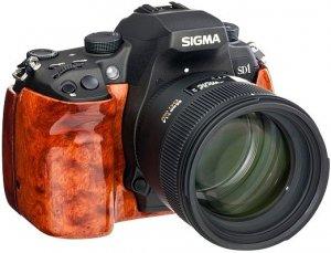 Фотоаппарат, отделанный редкой древесиной стоит $14 000