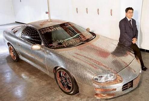 «Chevrolet Camaro», инкрустированный монетами ОАЭ