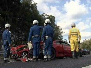 В Японии столкнулись сразу 11 спорткаров