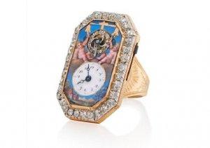 Часы, приравненные к произведениям искусства, уходят с молотка
