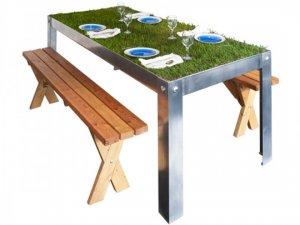 Живой столик – изобретение для ленивых любителей пикников
