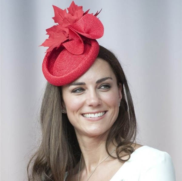 Принцесса Кейт Миддлтон признана «Королевой шляпок» 2011 года