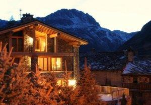 Сколько стоит элитный ночной клуб в Альпах