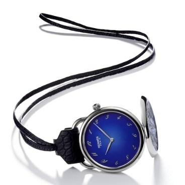 Arceau Pocket Astrolabe — карманные часы от Hermes