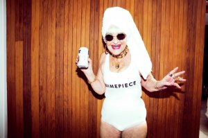 Новое рекламное лицо: 86-летняя fashion-бабушка Бадди Винкл