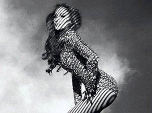 Дженнифер Лопес в эффектной рекламе новой туши от бренда L'Oreal Paris (видео)