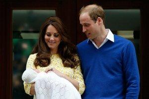Новорожденная дочь Кейт Миддлтон с пеленок стала футбольной болельщицей