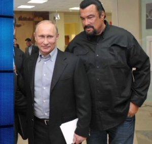 Стивена Сигала видели на российском Параде Победы