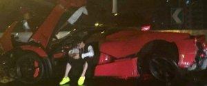 Китайский подросток превратил в груду металлолома спорткар LaFerrari стоимостью более $2 миллионов
